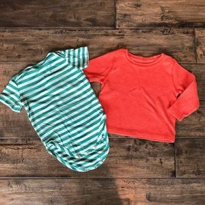 ❤️ Red thermal tee and green striped Christmas